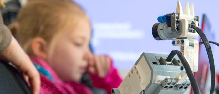 Kinderleicht – Roboterprogrammierung mit Open Roberta Lab